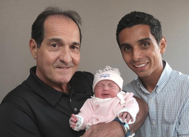 Muricy Ramalho com o filho e a neta (Foto: Divulgação)