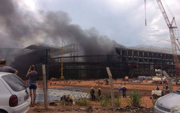 Incêndio na Arena Pantanal (Foto: Caíque Loureiro/Arquivo Pessoal)