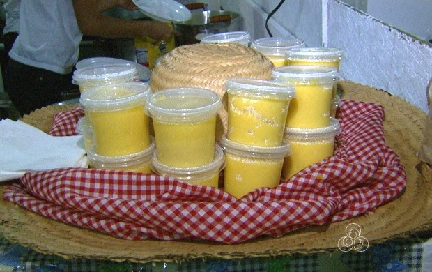 Arraial de Boa Vista traz variedades gastronômicas (Foto: Roraima TV)