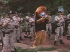 Após dança viralizar, novo vídeo da PM tem mascote em pontos turísticos