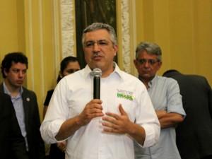 Ministro da Saúde, Alexandre Padilha, disse que o Amazonas será um dos estados que reberão mais médicos, em novo programa do Governo (Foto: Marcos Dantas/G1 AM)