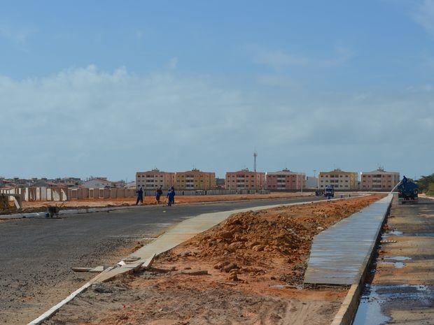 Ponte sobre o Rio Poxim vai aproximar o Conjunto Augusto Franco do Centro de Aracaju (Foto: Marina Fontenele/G1 SE)