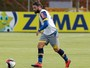 Separados, Ábila e Sobis marcam 60% dos gols; juntos, dupla não vai bem