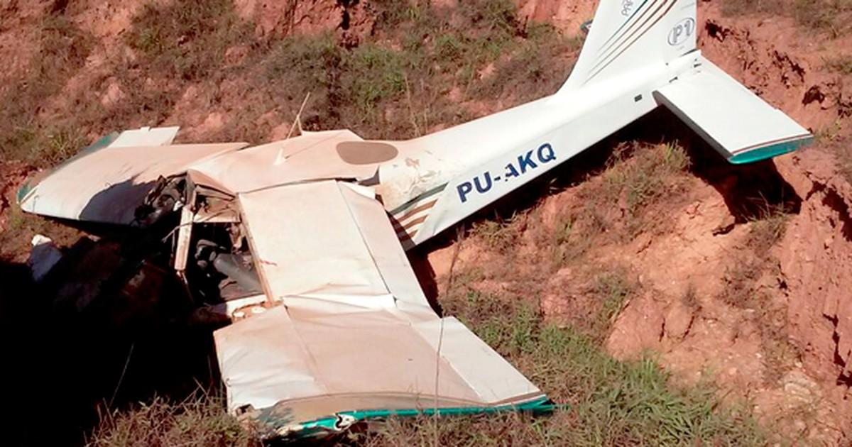 Aeronave com dois a bordo cai em Tiradentes, em Minas Gerais - Globo.com