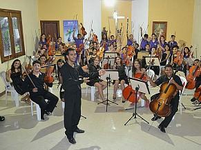 Criança Esperança: projeto Orquestra Santo Antônio, da Associação dos Moradores do Alto da Colina (Foto: Divulgação)
