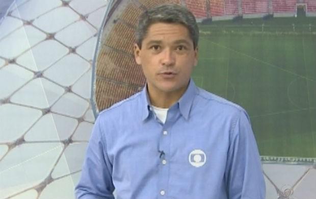 Repórter de rede da TV Amapá Arílson Freires (Foto: Reprodução/TV Amapá)