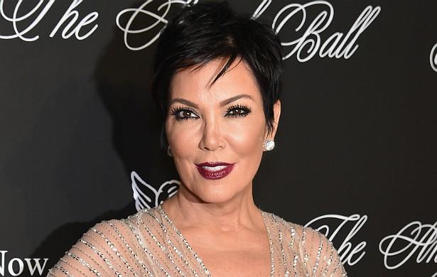 A matriarca das Kardashians, Kris Jenner, é acusada pela irmã mais nova, Karen Houghton, de não falar mais com ela só por agora ser rica e famosa. Karen diz que não consegue entrar em contato com a irmã mais velha, e que Kris mudou depois que virou uma celebridade graças a realities como 'Keeping Up with the Kardashians'. (Foto: Getty Images)
