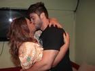 Preta Gil celebra 'ressaca de felicidade' com beijo apaixonado
