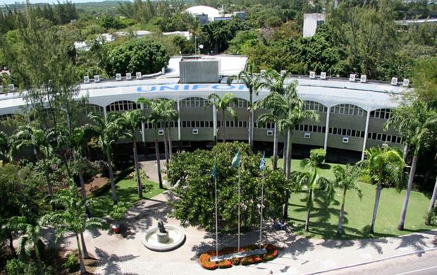 melhor universidade privada do NE (Guia do Estudante elege Unifor a melhor universidade privada do Nordeste (Guia do Estudante elege Unifor a melhor universidade privada do Nordeste ))