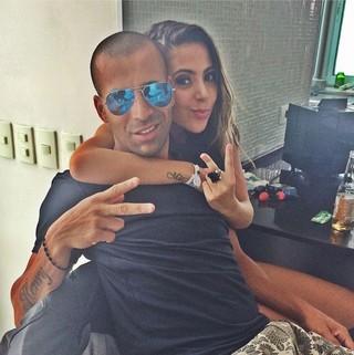 Emerson Sheik e Natasha Fernandes (Foto: Instagram/Reprodução)