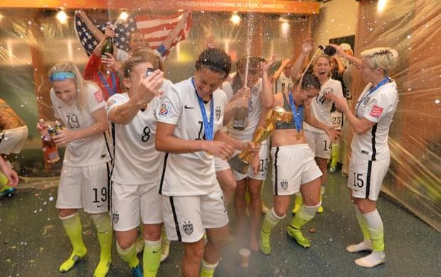 EUA comemoram título