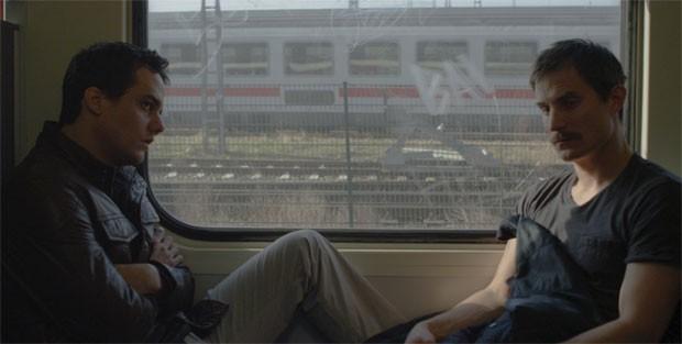 """Wagner Moura faz guarda-vidas que se apaixona por piloto alemão em """"Praia do Futuro"""""""