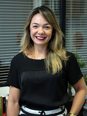 Para a coordenadora do curso de Administração da Unifor, profa. Danielle Coimbra, o projeto visa formar líderes e empreendedores (Foto: Ares Soares/Unifor)