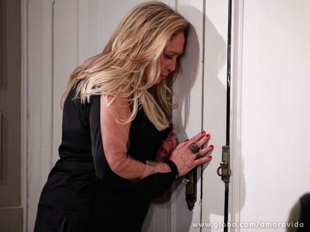 Pilar quase se arrepende de sua decisão (Foto: Ellen Soares/ TV Globo)