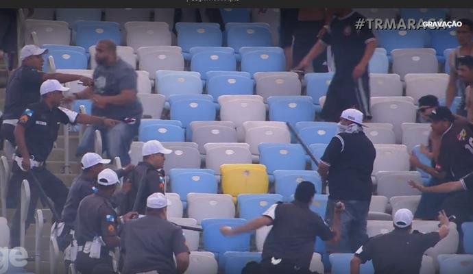 Confusão torcida Corinthians, no Maracanã (Foto: Reprodução)