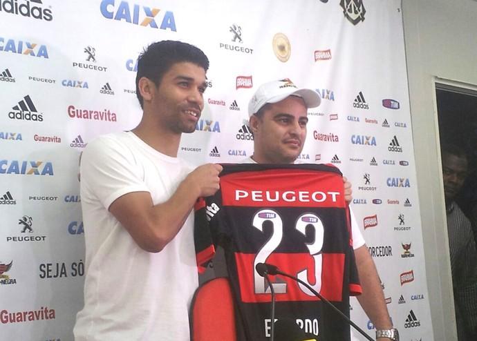 Eduardo da Silva Apresentação Flamengo (Foto: Fred Huber)