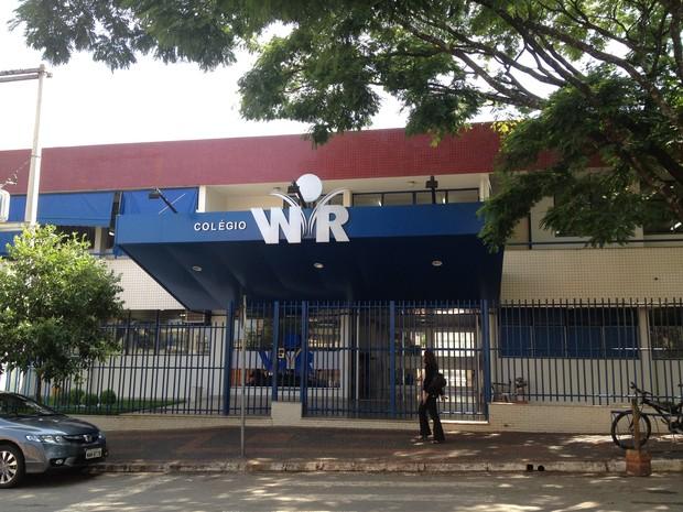 Colégio WR obteve a maior média do Enem 2011 em Goiás (Foto: Versanna Carvalho/G1)