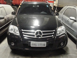 Mercedes pertencia a Raul Henrique Srour, réu da Operação Lava Jato (Foto: Divulgação)