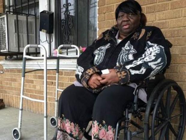 Moradora de Anacostia diz ter visto vários crimes acontecerem perto de sua casa (Foto: BBC)