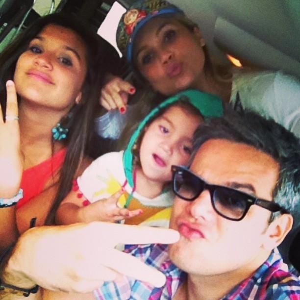 Flávia Alessandra e Otaviano Costa com os filhos (Foto: Reprodução/Instagram)