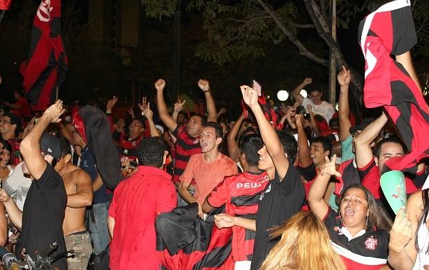 Torcida Flamengo e Atlético-PR  (Foto: Adeilson Albuquerque)