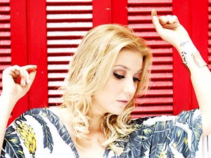 A cantora Luiza Possi, que se apresenta em Brasília no próximo dia 14 de junho (Foto: Carol Caminha/Divulgação)