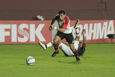 Ayrton Flamengo (Foto: Gilvan de Souza/ Flamengo Oficial)
