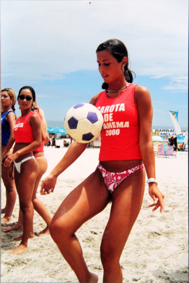 Maria Luiza Daudt aos 20 anos no concurso Garota de Ipanema 2000 (Foto: Cleomir Tavares/Divulgação)