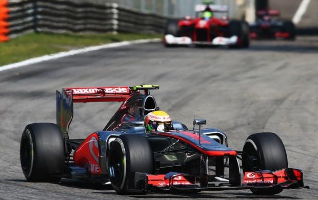 Lewis Hamilton (McLaren) e Felipe Massa (Ferrari) no GP da Itália, em Monza (Foto: Getty Images)