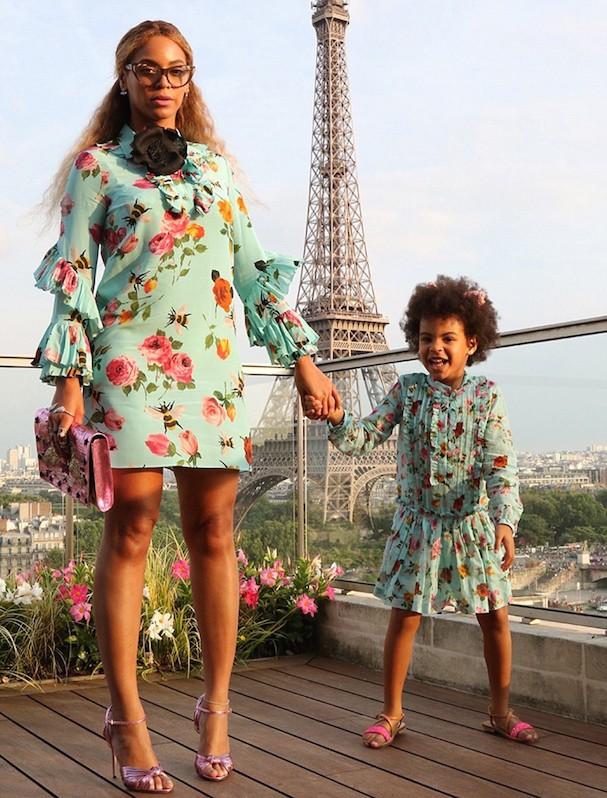 Beyoncé e Blue Ivy (Foto: Reprodução/Beyonce.com)