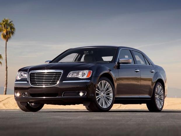 Chrysler 300 C (Foto: Divulgação)