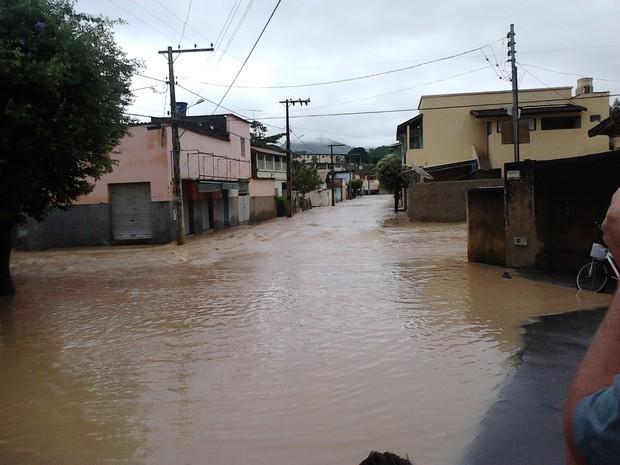 Prefeito decretou situação de emergência. (Foto: Iolanda de Oliveira / VC no G1)