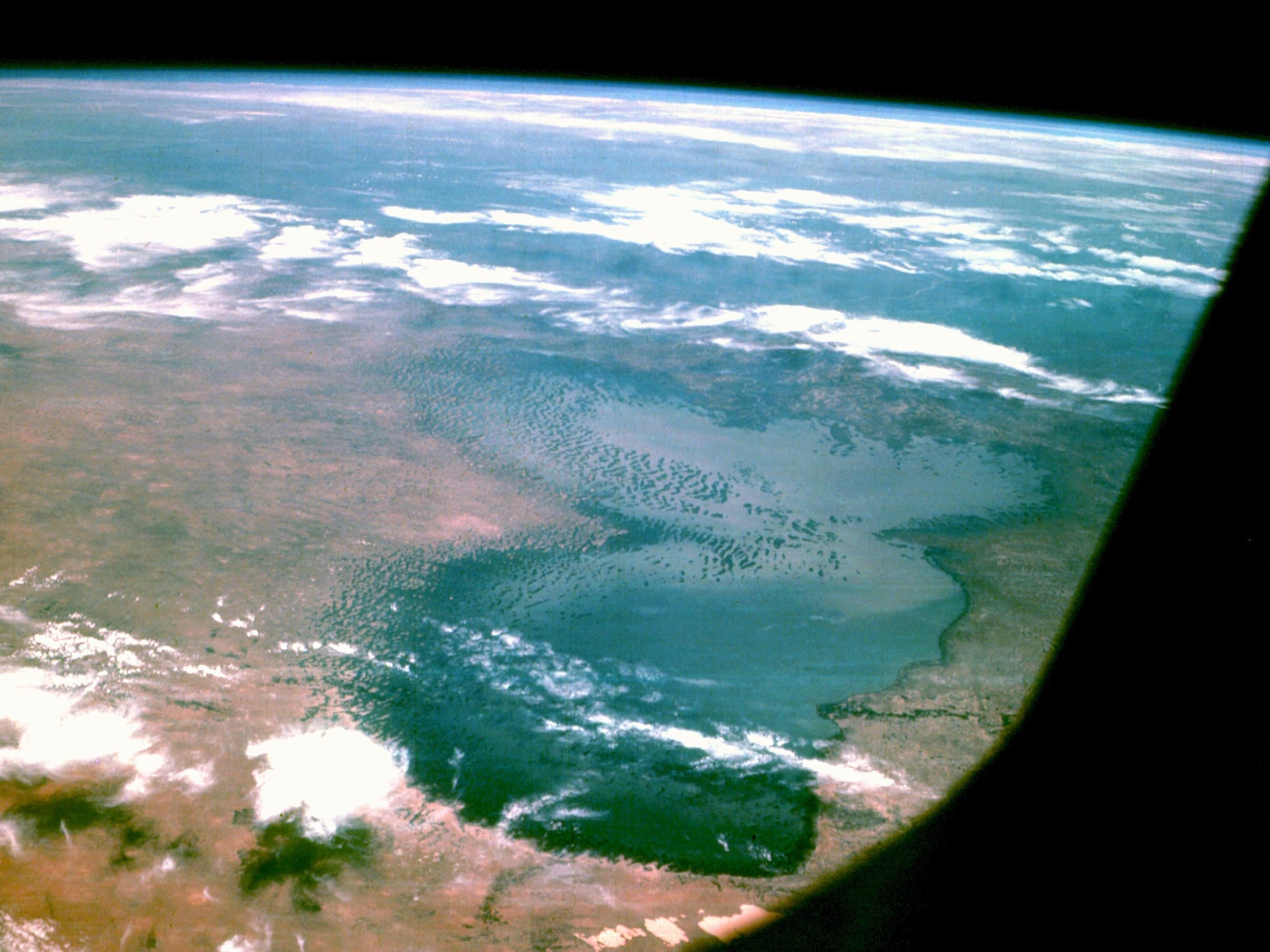o lago chade, visto da apollo 7 (Foto: wikimedia commons)