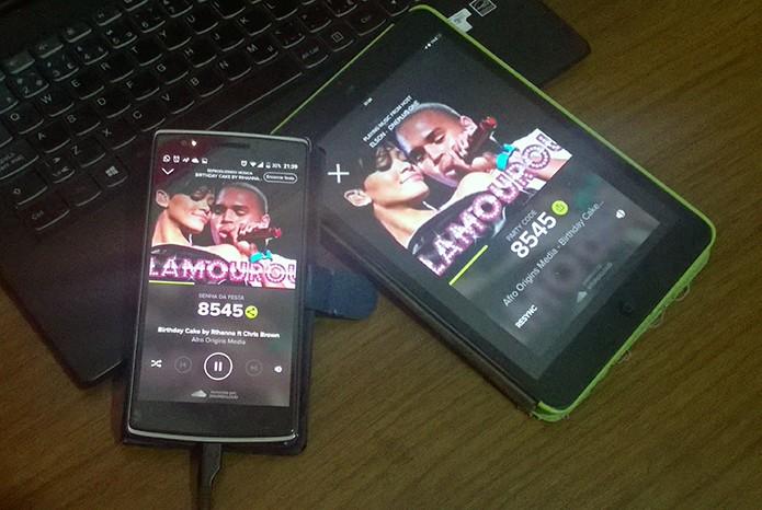 AmpMe sincroniza Android e iOS em celulares e tablets para tocar músicas juntos (Foto: Elson de Souza/TechTudo)