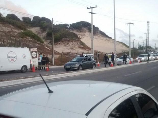 Operação aconteceu na madrugada deste sábado (21) na Via Costeira (Foto: Capitão Styvenson Valentim/PM)
