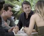 Nanda Costa, Thiago Martins, João Baldasserini e Marcelo Serrado em cena de 'Pega pega'   Reprodução
