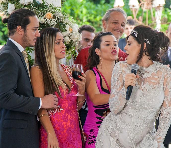 Nelita dança com convidados (Foto: Artur Meninea/Gshow)