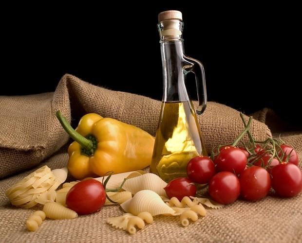 O azeite pode ser um aliado na hora de acelerar o metabolismo (Foto: Bando de Imagens)