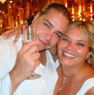 Tiago Abravanel com sua mãe Cintia Abravanel (Foto: Acervo pessoal)