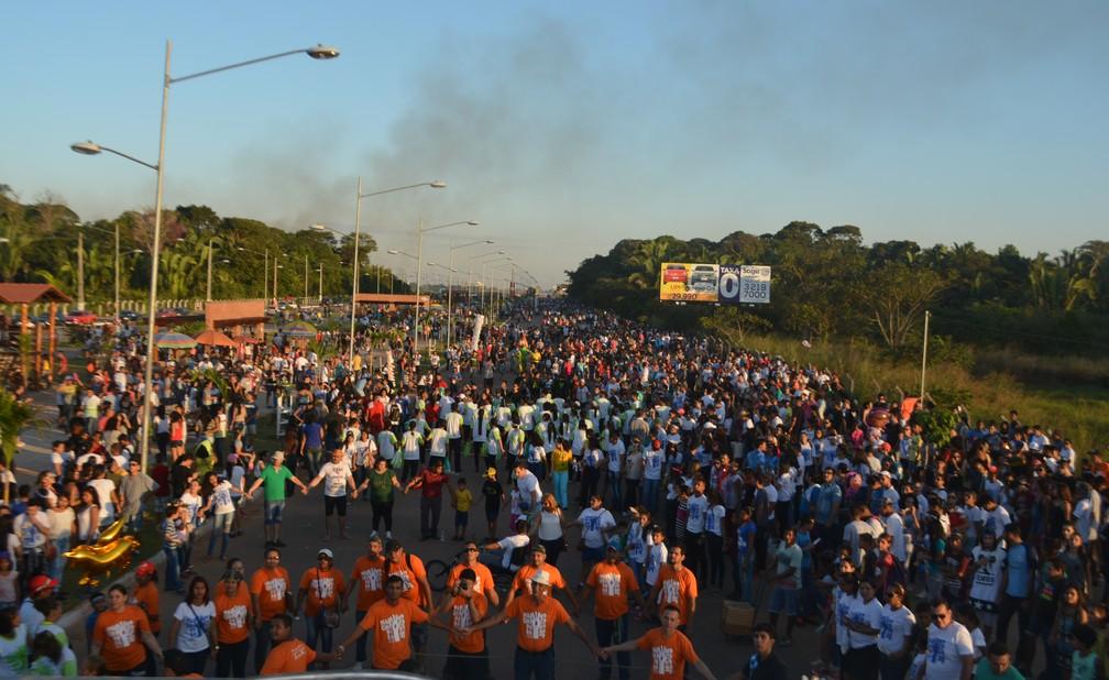 Perímetro do Espaço Alternativo foi tomado por evangélicos durante a Marcha para Jesus, em Porto Velho (Foto: Toni Francis/G1)