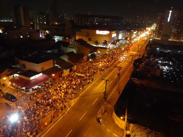 Segundo a Polícia Militar, cinco mil pessoas foram às ruas de Campos (Foto: Priscilla Alves/ G1)