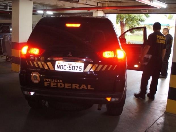 Cerca de 30 agentes da PF participaram da operação (Foto: Divulgação/PF)