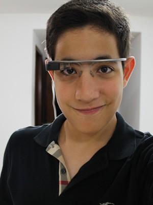 Tiago Amorim Andrade, primeiro morador de Brasília a usar a versão 2.0 do Google Glass (Foto: Tiago Amorim Andrade/Arquivo pessoal)