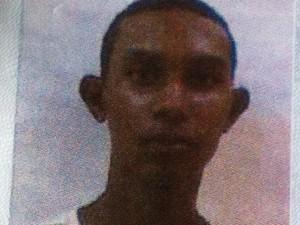 Robert Wagner Moreira da Silva foi decapitado em Conselheiro Pena. (Foto: Foto Reprodução/Diego Souza)