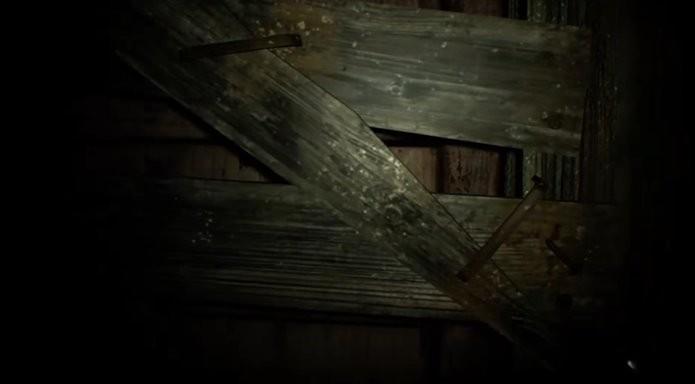 Portas lacradas e aparentemente inacessíveis também escondem segredos em Resident Evil 7: Begining Hour (Foto: Reprodução/Felipe Demartini)
