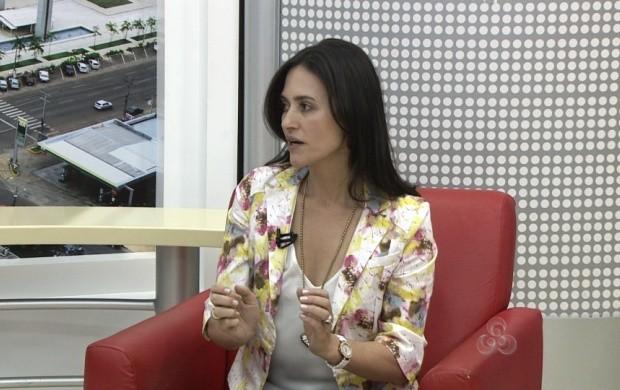 Psicopedagoga Jussara Barbosa fala sobre uso adequado de mesada (Foto: Roraima TV)