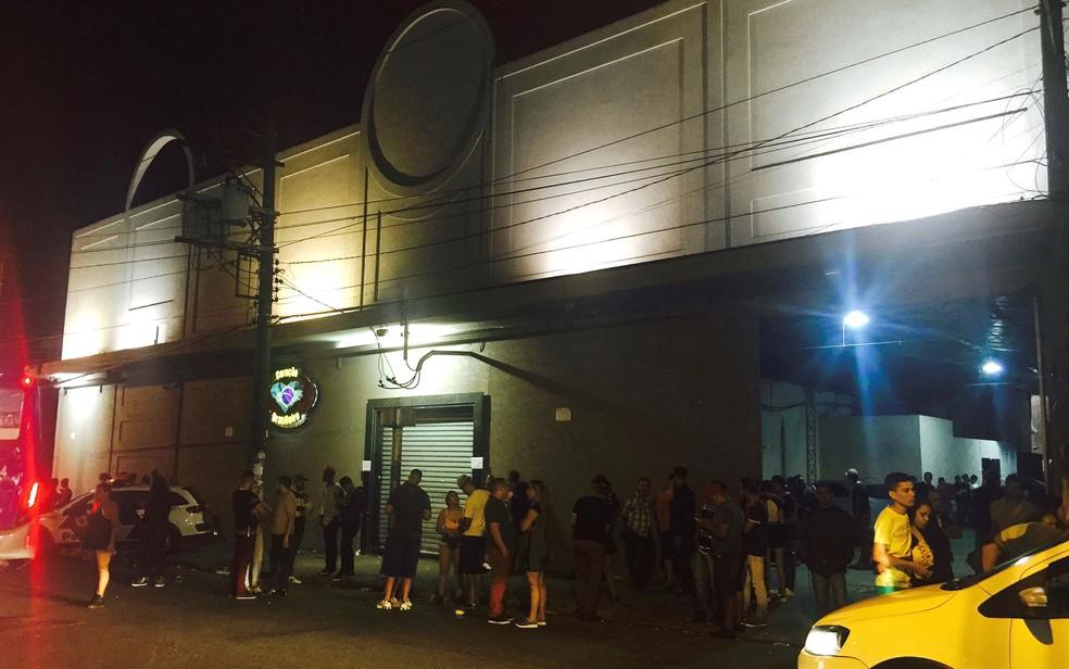 Segurança de casa noturna foi morto na Zona Norte de São Paulo (Foto: Mario Angelo/Sigma Press/Estadão Conteúdo)