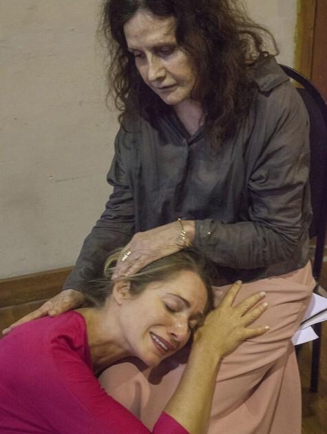 Letícia Spiller e Rosamaria Murtinho (Foto: Carol Beiriz)