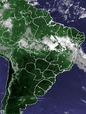 Imagem de satélite capturada na tarde deste domingo (16) (Foto: Reprodução/Cptec/Inpe)