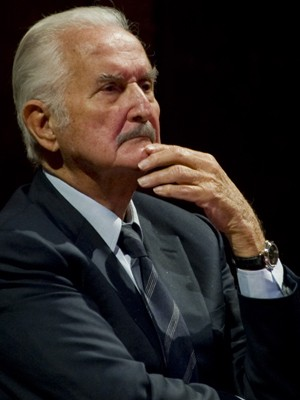 Carlos Fuentes em 2011 (Foto: AFP)